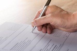 看護師向けの医療安全の事例を、SBARで整理したインシデントレポートの書き方
